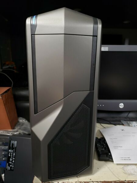 AMD GAMING COMPUTER TOWER AMD FX 8150 CPU 3.60 Brand new older parts $675.00