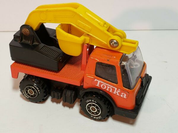 Tonka small 3.5quot; differ metal and plastic