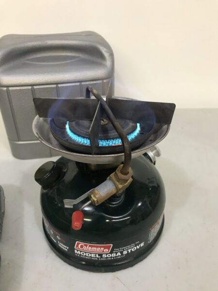 Vintage Coleman Stove 508A with case 01 1991 Tested Works Great.