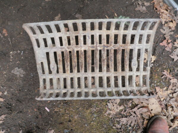 Heavy Duty Cast Iron Flat Bottom Basket Style Fireplace Grate