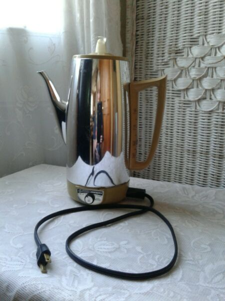 Vintage Retro General Electric 9 Cup Immersible Coffee Percolator Pot Gold Trim