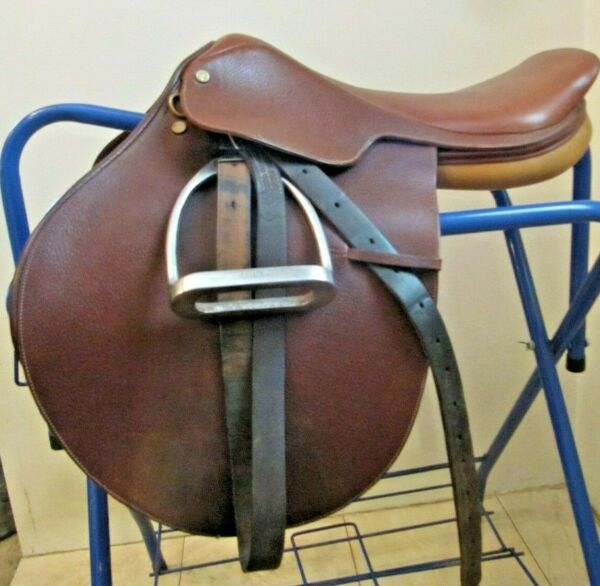 17quot; Collegiate Close Contact Saddle Free Shipping