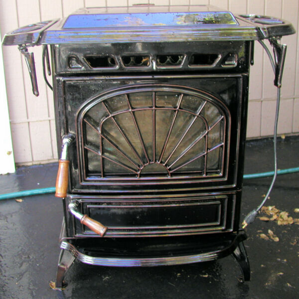 FREE STANDING quot;WATERFORDquot; PELLET STOVE $695.00