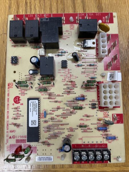 LENNOX 50A66 123 04 SureLight White Rodgers Control Circuit Board 100925 03 $39.00