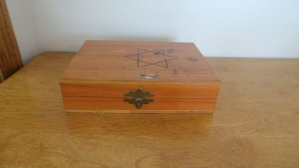 Vintage  Wood  Box  Union Made Antique