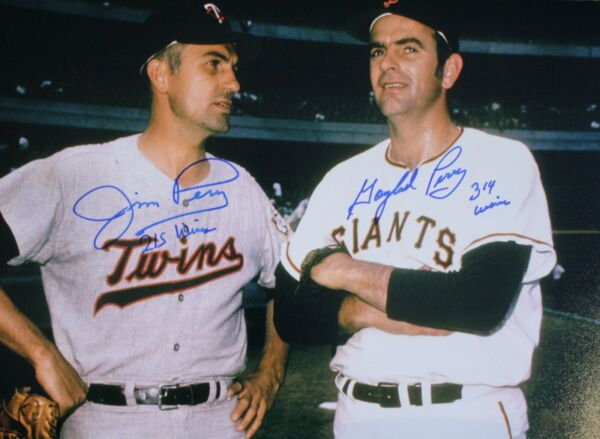 Autographed Gaylord Perry and Jim Perry 11x14 photo - COA