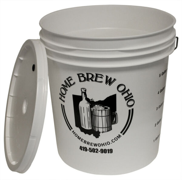 7.9 Gallon Plastic Ferment Bucket with Grommeted Lid for Home Brew Beer Making