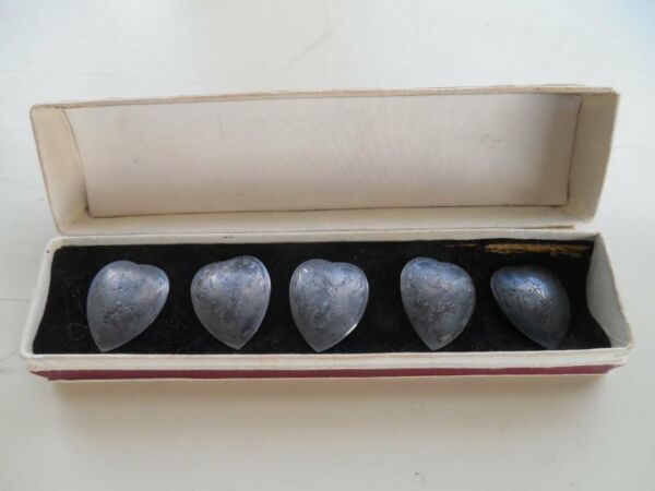FIVE ANTIQUE SIAM STERLING SILVER THAI GODDESS HEART SHAPED BUTTONS IN BOX