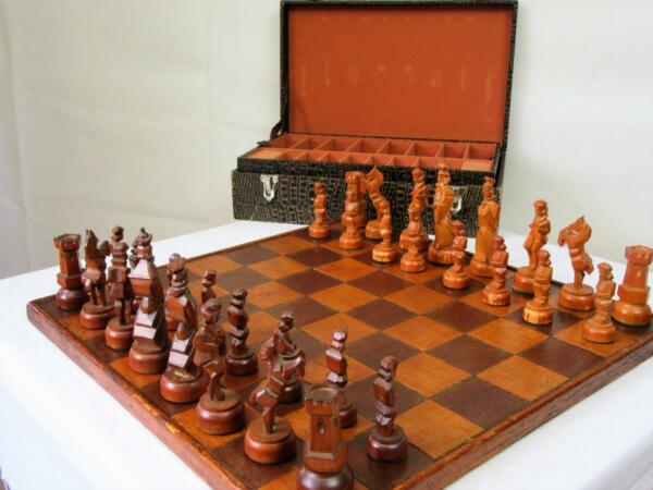 ANTIQUE VINTAGE LARGE WEIGHTED CHESS SET  GERMAN RUNNER   AND ORG BOX NO BOARD