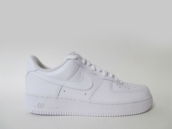 Nike Air Force 1 Low All White Triple Whiteout Sz 9 315122-111