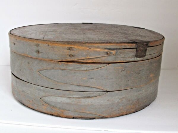 Antique Painted Round 3 Finger Cheese Pantry Box Earliest & Best 17