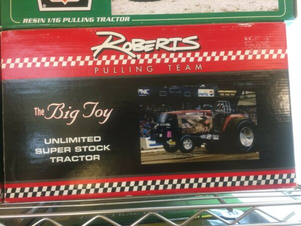 116 scale The Big Toy Unlimited Super Stock Tractor Roberts Pulling Team CaseIH