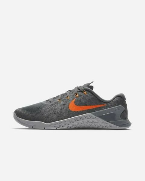 Nike Men's Metcon 3 - Dark GreyHyper Crimson (852928-007)