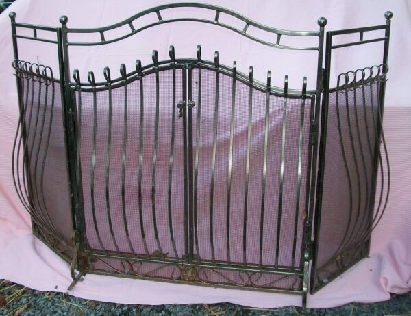 VINTAGE FRONTGATE FIREPLACE 3-D  DOORS SCREEN  FANTASTIC NICKEL PLATED 3 FOLD
