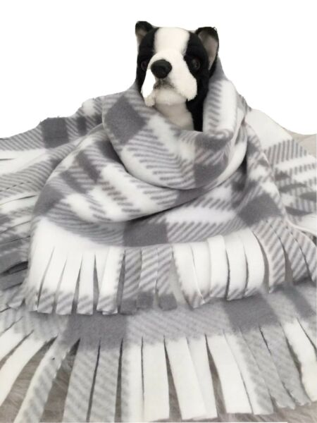 GREY WHITE PLAID Fuzee Fleece Dog Blankets Soft Pet Blanket Travel Throw $14.40