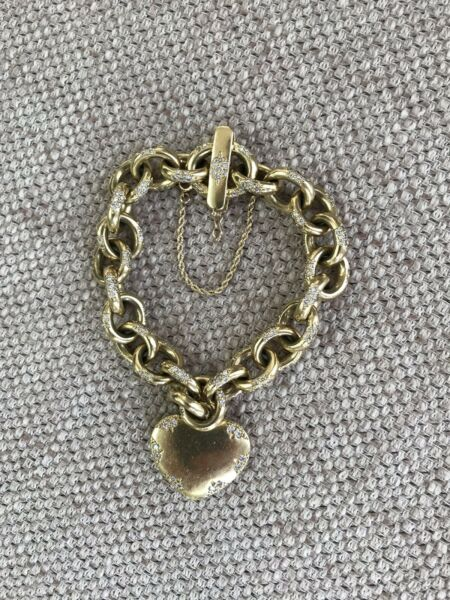 ONE OF A KIND Diamond And 18k Yellow Gold Chunky Link Bracelet With Heart Tag