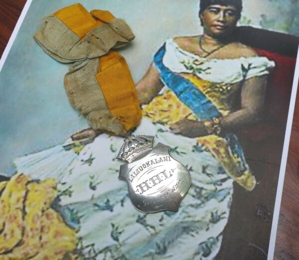 Queen Liliuokalani vtg hawaiian jewelry antique iolani palace sterling silver