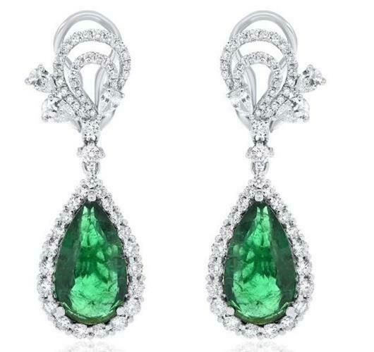 LARGE 11.01CT DIAMOND & AAA EMERALD 18KT WHITE GOLD PEAR SHAPE HANGING EARRINGS