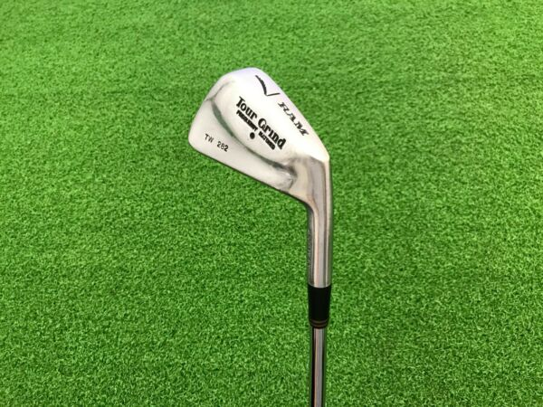 RARE Ram Golf TOUR GRIND TW 282 Frequency Matched 7 IRON Right Steel S300 STIFF