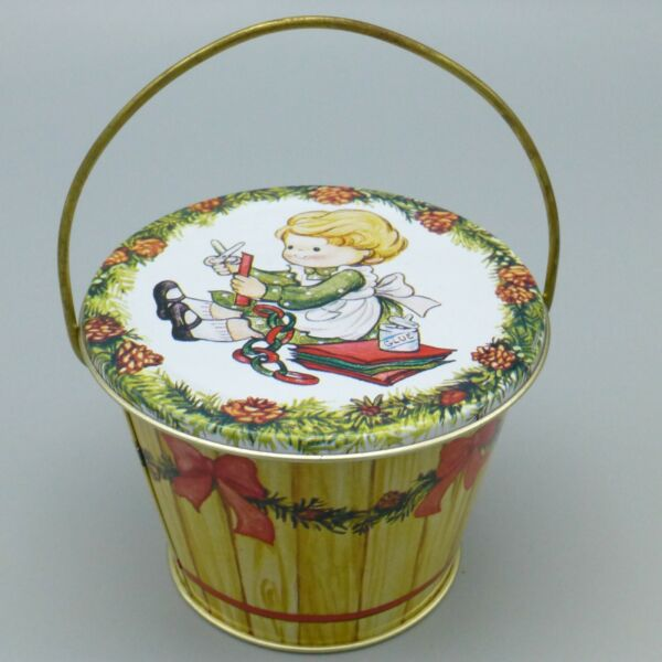 Vintage Enesco Country Cousins Christmas Tin Container Pail Shape 1984 2.5