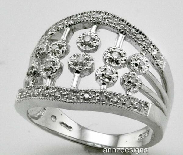 Sterling Silver Right Hand Diamond Band TW 0.25 ct size 7.5