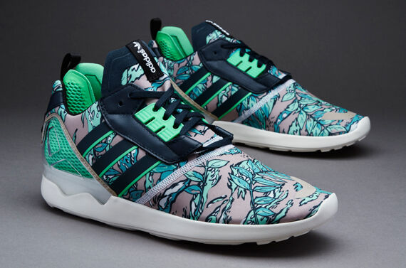 Adidas ZX 8000 Boost Men's size 9.5 (Petrol-Ink/Semi-Flash-Green/Cream-White)