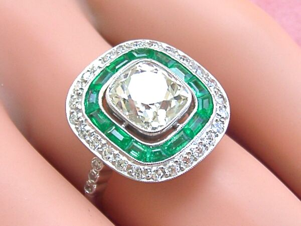 ANTIQUE ART DECO 2+ct CUSHION DIAMOND EMERALD HALO COCKTAIL ENGAGEMENT RING 1930