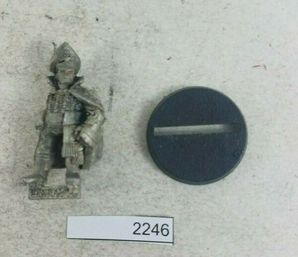 Warhammer 40k Astra Militarum Imperial Guard Commissar w Power Fist Missing Arm