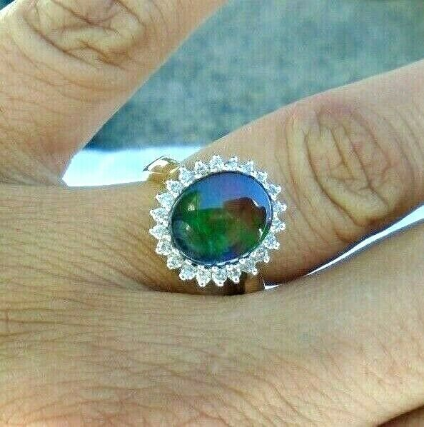 18k gold AA Ammolite Diamond halo ring Size 6 ladies Gorgeous! Pristine!