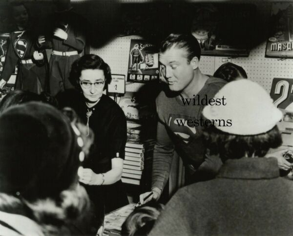 GEORGE REEVES Photo SEXY ACTOR rare public appearance store signing SUPERMAN