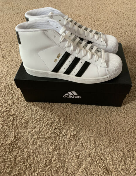 Adidas Pro Model Men Size 7.5