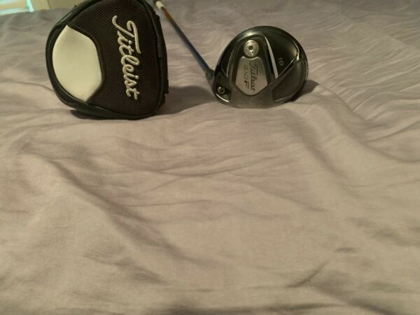 Titleist 910F 19* Fairway Wood RH Project X -8B4 83g X Stiff Flex Graphite