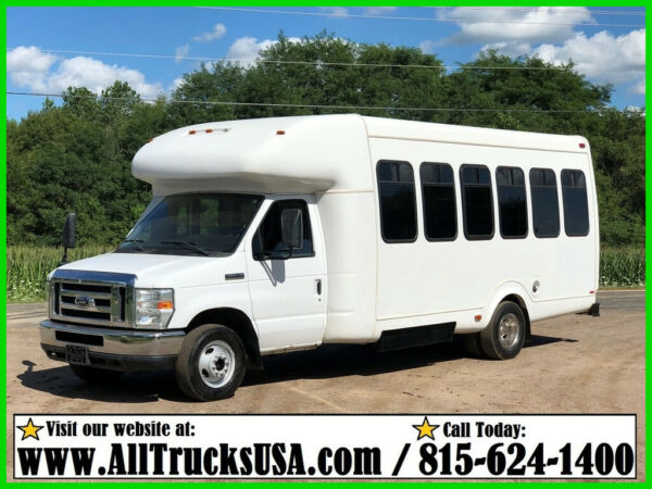2011 Ford E450 ECONOLINE 6.8 V10 14' PASSENGER BUS w WHEELCHAIR ACCESSIBLE SPOT