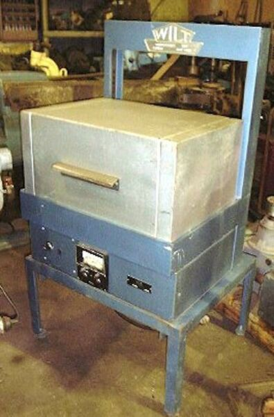 Wilt electric furnace or 880 C 1616 F Model 125 $1475.00