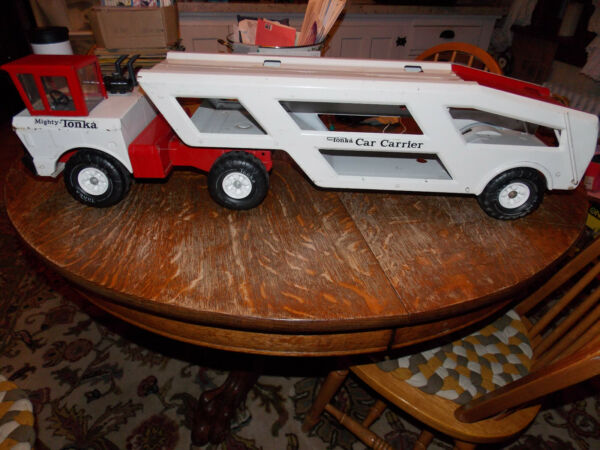 TONKA MIGHTY CAR CARRIER Red White $199.99
