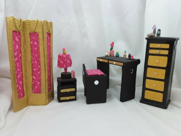 1 6 scale Furniture for MH or Barbie Size dolls Dressing Room 5 piece lot $38.00
