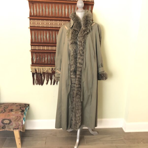 Vintage Olive Green Nino Flex Trench Raincoat Beaver fox Fur Cost 3 In 1 sz 42 $55.99
