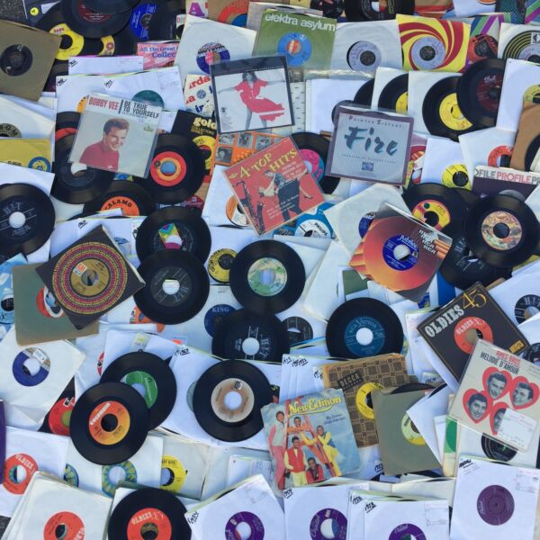 "45 rpm LOT 100 Random 7"" Vinyl Records Rock Soul Country Garage Pop 50s 60s 70s $19.99"