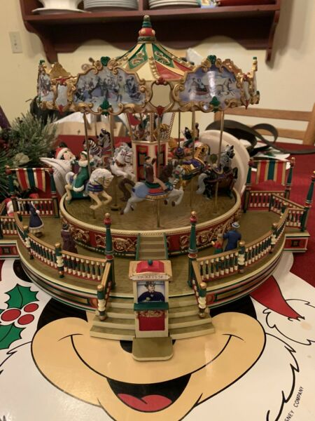 1997 Mr. Christmas Holiday around The Carousel Works With Box Read Description