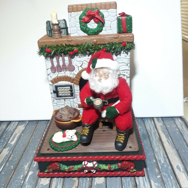 Holiday Creations Musical Santa With A Fireplace And Cat 1995