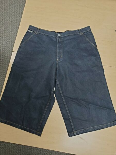 Iceberg Short for men Size 44 10p% Cotton Made In Italy $39.00