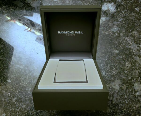 Raymond Weil Geneve Dark Brown amp; Creme Leather Watch Box With Pillow NEW $29.99