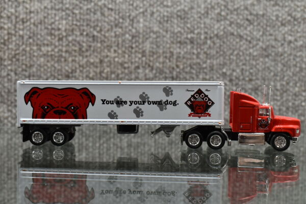 1996 Matchbox 1991 Ford Aeromax Red Dog Tractor Trailer $19.99
