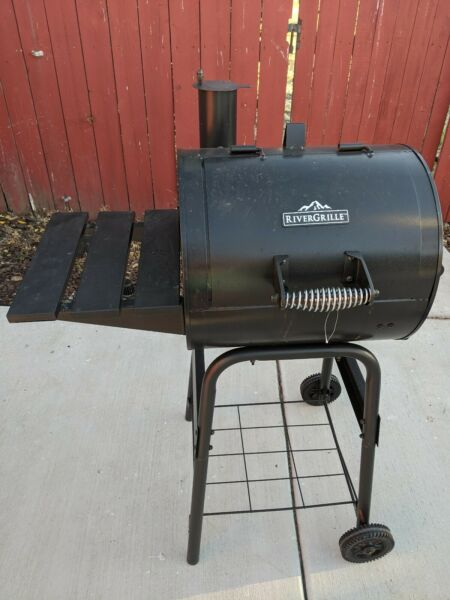 RiverGrille 17.5 inch charcoal grill Black