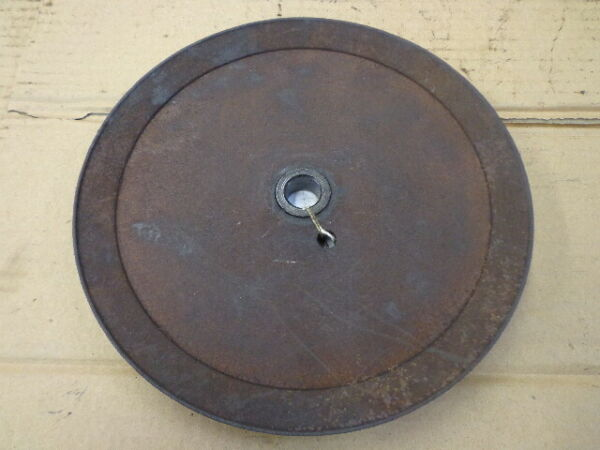 OEM Ariens ST824 snow thrower auger drive pulley 07304900 USED