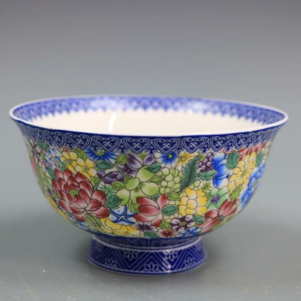 Chinese Qing Qianlong Blue and White Porcelain Famille rose Flower Bowl $20.99