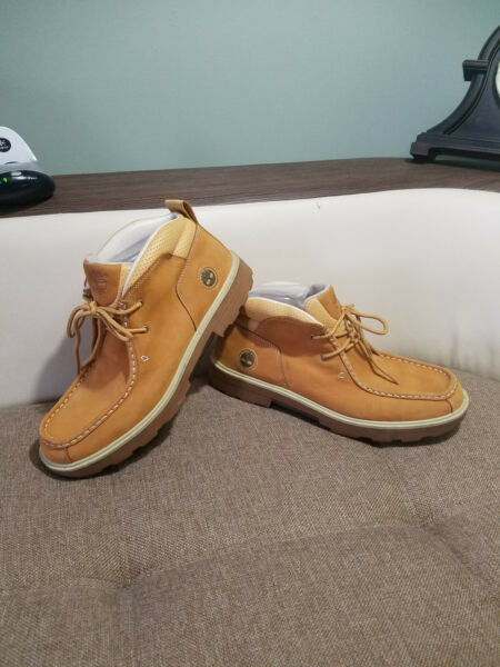 Timberland Boot ankle height wheat leather $75.00