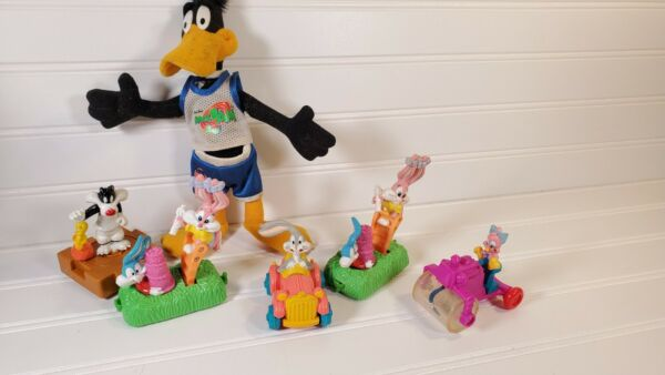 Vtg. Warner Brothers fast food toys: Bugs Bunny space jam daffyTweety Bird $14.96