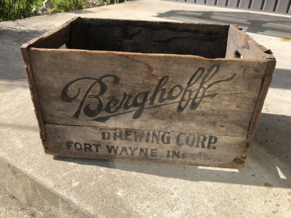 Antique Wood Beer Crate Berghoff Brewing Corp. Fort Wayne Indiana Black Graphics