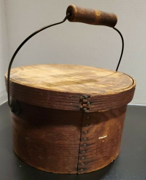 Antique Americana Pantry Box With Wooden Bail Handle Primitave Shaker New Englan